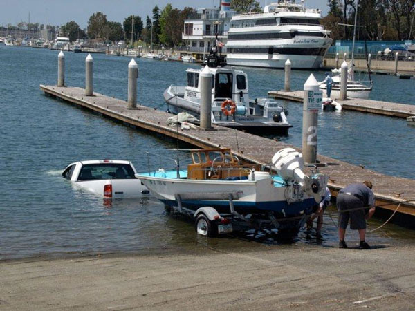 Funny Boats - Boat launch fail - Funny pictures